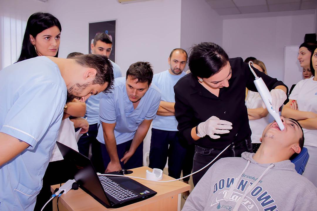 Posjeta predstavnice kompanije Dental Direkt